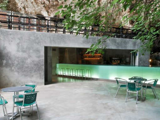 "Bar in the ""Caves of Hams"" – Mallorca"