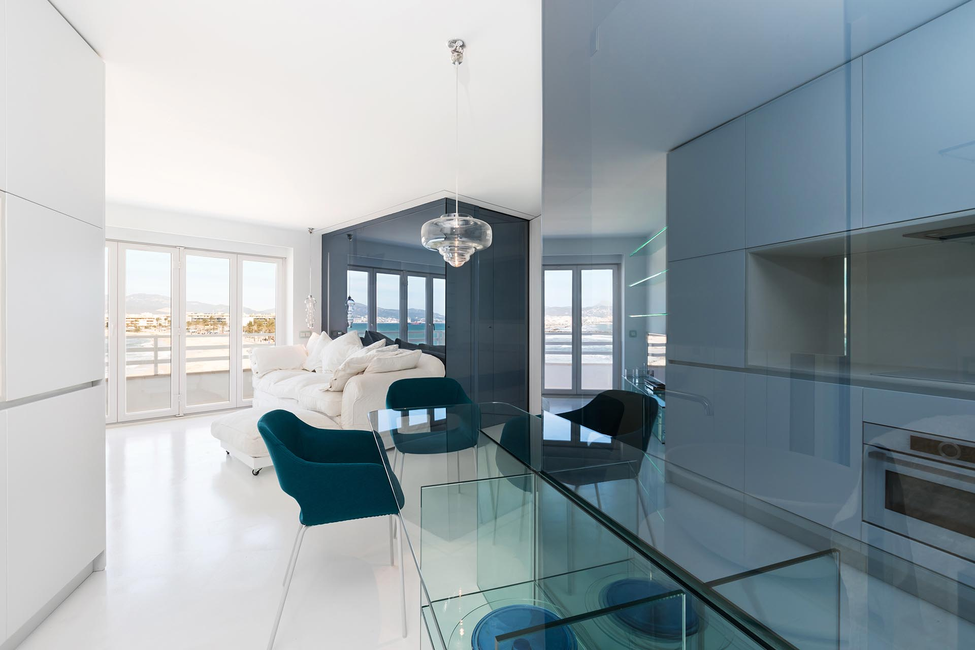 a2arquitectos-glass-apartment-03