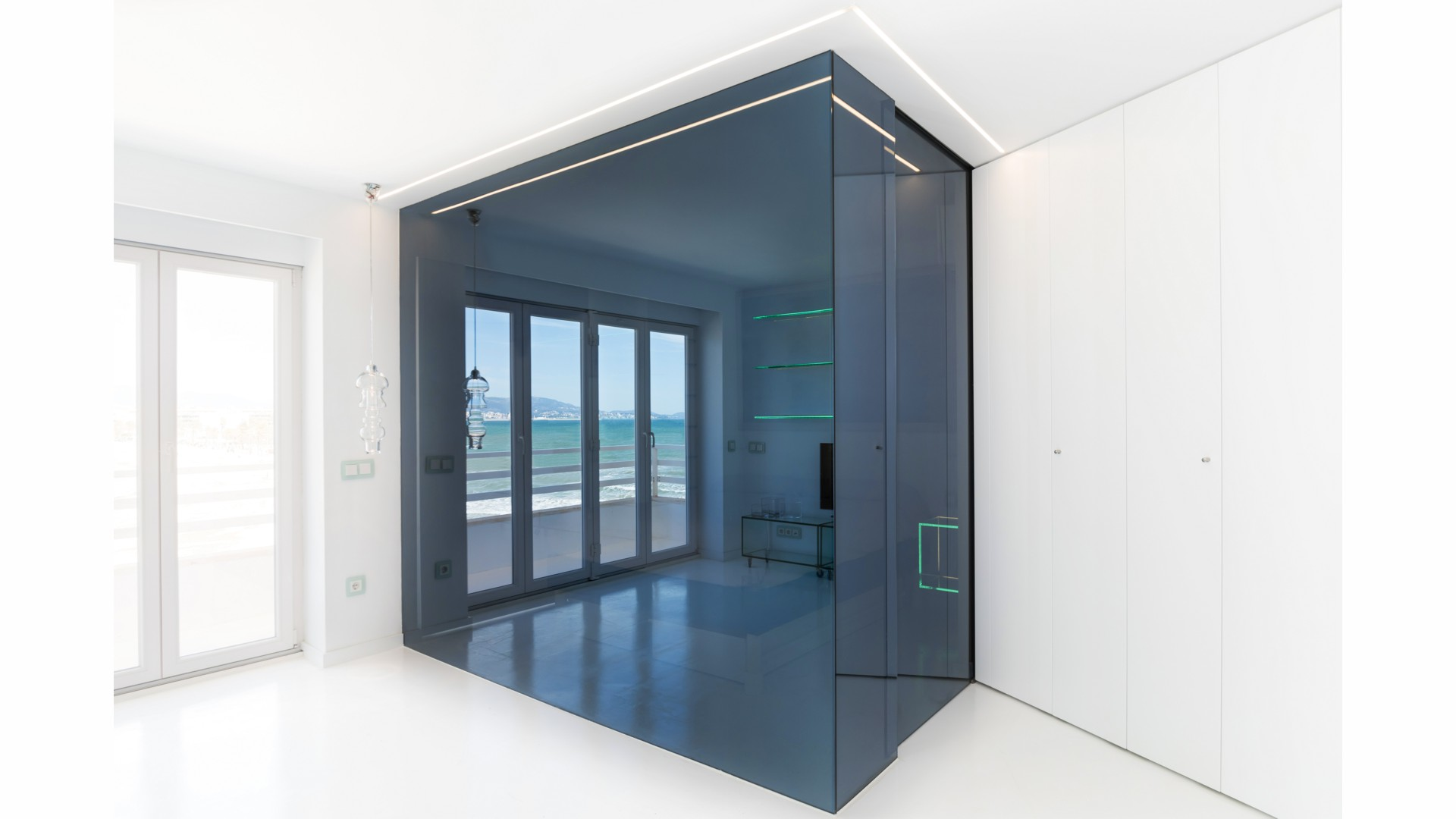 a2arquitectos-glass-apartment-05